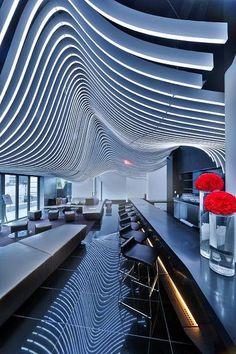 Repetition in the W Hotel Downtown, NYC // Repetición en el W Hotel de Nueva York.