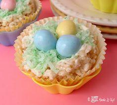 Ten 'n Ten: Spring Sweet Treats ... Jamie Cooks It Up | SimplyFreshVintage.com
