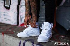 """حذاء """"اتلاس مونو تون"""" من ماركة فلادو . السعر:  ريال . للطلبات والاطلاع على جميع المنتجات والاسعار التواصل عبر الواتس اب  . او شرفونا بزيارة معرضنا في جدة:  . رابط الموقع موجود فالبايو . Atlas 2 Mono Tone Sneakers from #VladoFootwear . Price: 340 SR . To order & to view all products and prices contact us on whatsapp: 966550926655 .  Or visit us at our shop in Jeddah: 0126116724 . Google Maps location can be found on our Bio"""