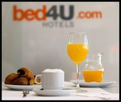 Para coger fuerzas y afrontar el día... zumo de naranja exprimido en el momento y otras delicias.