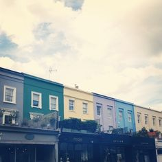 My London weekend from the eyes of Instagram - Italian Bark_ Notting hill coloured houses