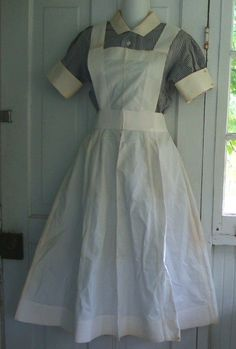 Old-Style Aprons | Old style nursing dress