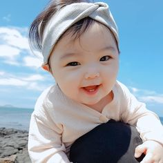 best ideas for baby cute ulzzang baby cute asian half korean ulzzang baby kawaii kids fashion Cute Baby Boy, Cute Little Baby, Little Babies, Cute Kids, Baby Kids, Cute Asian Babies, Korean Babies, Asian Kids, Cute Babies