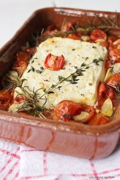 Penne in a pot: spaghetti with mozzarella sauce and dried tomatoes - Leckere Gerichte Healthy Pizza, Low Carb Pizza, Love Food, A Food, Food And Drink, Best Cauliflower Pizza Crust, Crust Pizza, Easy Baked Spaghetti, Cooking Recipes