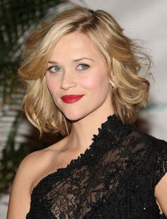 Reese Witherspoon layered haircut
