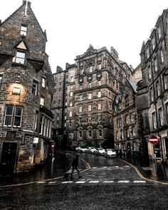 Edinburgh Scotland - Architecture and Urban Living - Modern and Historical Buildings - City Planning - Travel Photography Destinations - Amazing Beautiful Places The Places Youll Go, Places To See, Voyage Europe, Scotland Travel, Scotland Vacation, Ireland Travel, Street Photo, Travel Aesthetic, Travel Photography