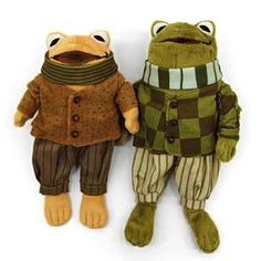 """These are the stuffed animals of the """"Frog and Toad"""" series written by Arnold Lobel. Stuffed Animals, Stuffed Toy, Frog And Toad, Little Doll, Freundlich, Amphibians, My Childhood, Art Dolls, Cute Animals"""