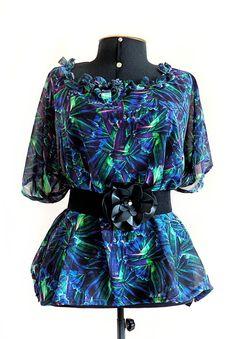 TAMANHO ÚNICO = veste do M ao G {Manequins até 42/48} com fricote no decote!