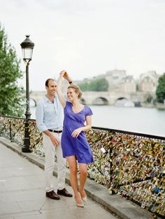 Love locks in Paris - Paris engagement shoot by Polly Alexandre. Contax 645, Indie Film Lab. Film.