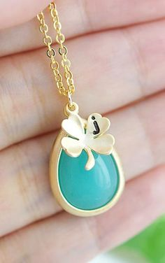 Pretty & personalized with a clover charm
