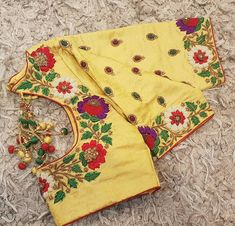 For customising your outfits - whatsapp 9133502232 Simple Blouse Designs, Stylish Blouse Design, Fancy Blouse Designs, Blouse Neck Designs, Wedding Saree Blouse Designs, Pattu Saree Blouse Designs, Maggam Work Designs, Hand Work Embroidery, Embroidery Designs
