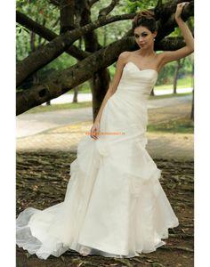 Augusta Jones 2013 Asymmetrische Glamouröse Hochzeitskleider aus Organza
