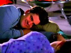 Dawson's Creek: Joey and Pacey camping out inside Kmart!
