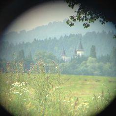 Photo taken with iPhone 5 through binoculars lens Simple Blog, Iphone Photography, Binoculars, Charms, Road Trip, Lens, Nature, Painting, Travel