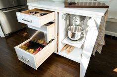 Organizing the Kitchen for Summer Entertaining