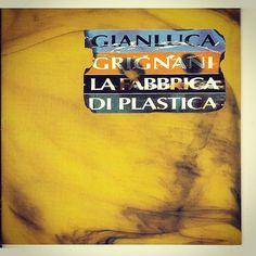 #GianlucaGrignani Gianluca Grignani: 1996...E' da lì che sono nato, e' da lì che son passato!G