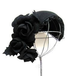 fascinators-hats-and-tiaras Vintage Accessories, Hair Accessories, Fascinator Hats, Fascinators, Headpieces, Look Vintage, Vintage Hats, Vintage Black, Harlem Renaissance