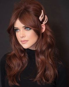 Holiday Glam Red Hair - Red Hair Inspo - Hollywood called bc their glam waves are BACK BB! Hair Color Auburn, Red Hair Color, Magenta Hair Colors, Matrix Hair Color, Ginger Hair Color, Purple Hair, Valentine's Day Hairstyles, Redhead Hairstyles, Winter Hairstyles