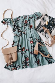 Not a huge fan of off-the-shoulder things (I'd be worried they would slip down!), but the idea of this outfit is so pretty The post One Sweet Day Light Blue Floral Print Off-the-Shoulder Dress appeared first on Woman Casual - Woman Dresses Cute Dresses, Casual Dresses, Casual Outfits, Summer Dresses, Floral Dresses, Dresses Uk, Women's Casual, Beautiful Dresses, Mode Outfits
