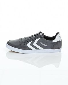 Amazon.com: Hummel Fashion Men's Hummel 'Slimmer Stadil Low' Sneakers Low EUR 41 Gray: Clothing