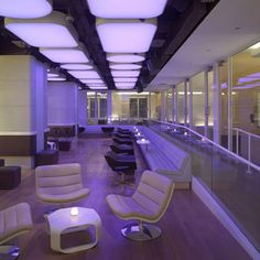 dezeen_Yotel-New-York-by-Softroom-and-Rockwell-Group_8.jpg (468×468)