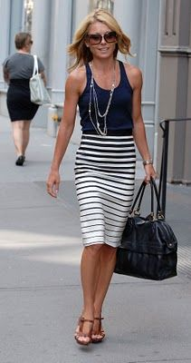 who doesn't love a good pencil skirt! fab
