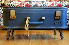 Vintage Suitcase Coffee Table: Great-looking table, plus room to store magazines, etc. inside.