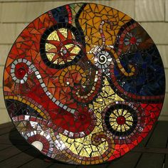 ideas for mosaic flowers vase Mosaic Birdbath, Mosaic Tray, Mosaic Garden, Mosaic Wall, Mosaic Glass, Mosaic Tiles, Mosaics, Pebble Mosaic, Mosaic Crafts