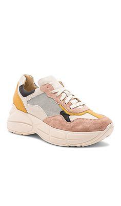 729ced30139 Memory Sneaker Steve Madden Steve Madden Sneakers