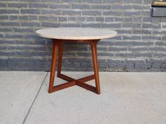 Beautiful mid century modern marble side table with wood base. Great lines, very nicely made by Lane.  In near perfect condition.    Measures: