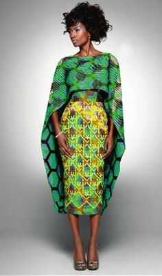 Moda Africana (ROUPAS), one more shawl and the dress will disappear so will the model African Inspired Fashion, African Print Fashion, Fashion Prints, African Prints, Ankara Fashion, African Fashion Skirts, African Print Skirt, African Print Clothing, Fashion Fabric