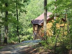 A Rustic-Chic Cabin Hideaway at the Doorstep of the Shenandoah National ParkVacation Rental in Shenandoah from @homeaway! #vacation #rental #travel #homeaway