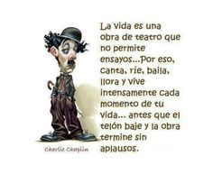 Un buen consejo del gran Charles Chaplin para acabar la semana... #xtrared #frasedeldia #sermaseninternet