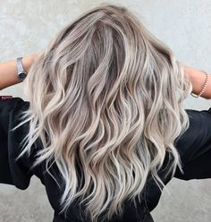 Winter Hair Colour For Blondes, Winter Blonde Hair, Cool Blonde Hair Colour, Fall Hair Colors, Blonde Hair Looks, Ash Hair Colour, Hair Ideas For Blondes, Sand Blonde Hair, Cool Ash Blonde