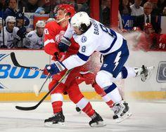 Tampa Bay Lightning - Detroit Red Wings - December 15th d29ce423e