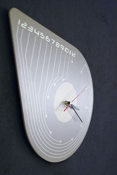 New Clock Design by Dana and Vlad Bostina from arhiDOT
