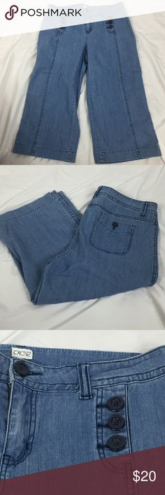 Cache Denim Capris Size 12 Nautical design Front faux pockets with buttons Large seam down the center of the pant leg Patch pockets in back with a faux button closure Please see pictures for materials, care and measurements Bin 1 Cache Jeans
