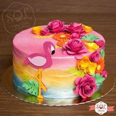 Apaixonada por esse modelinho de flamingos. 😍🌺🌹 Gostou do bolo? Faça sua encomenda pelo WhatsApp (31)99296-8448. Topos de bolo @dineplin14. #soldoces #bonitoegostoso #bolodeaniversario #cake #lovecake #cakes #birthday #yummy #foodporn #love #instafood #food #sweet #instasweet #dessert #aniversario #festa #bolo #amobolo #festasbh #bolosbheregiao #boloscontagem #bolosbh #docesbh #confeitaria