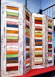 Pin by Cheyenne Grant on Wood pallet creations in 2020 Pallet Furniture, Furniture Projects, Furniture Makeover, Painted Furniture, Louvre Doors, Diy Room Divider, Room Dividers, Old Shutters, Style Deco
