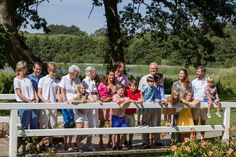 The Kronprinsfamily on holiday at Gråston Palace The summer photo session of the danish royal family today ( July 2014 ) at Gråston Palace/ Gråsten Slott Kingdom Of Denmark, Danish Royalty, Mary I, Danish Royal Family, Crown Princess Mary, Royal Jewels, Summer Photos, Close Image, Photo Sessions