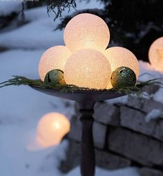 Outdoor Christmas Decoration Ideas - Snowballs - Click Pic for 20 Front Porch Christmas Decorating Ideas