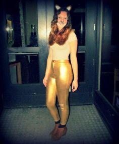 DIY lion costume idea for women