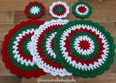 Granny Star Coaster N Motif Crochet pattern by Island Style Crochet Christmas Crafts To Sell, Crochet Christmas Decorations, Crochet Christmas Ornaments, Christmas Crochet Patterns, Holiday Crochet, Halloween Crochet, Christmas Knitting, Crochet Snowflake Pattern, Crochet Snowflakes