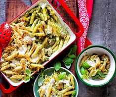 This delicious chicken pesto pasta bake contains no cream for a healthy take on the classic recipe. Serve with cheese, pine nuts and homemade pesto. Baked Pasta Recipes, Chicken Pasta Recipes, Savoury Recipes, Healthy Pasta Salad, Healthy Pastas, Chicken Pesto Pasta Bake, Chicken Gnocchi, Baked Gnocchi, Creamy Pasta Dishes