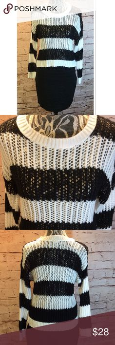 DELIA'S OPEN KNIT HIGH/LOW SWEATER Gently used black and white open knit sweater Delia's Sweaters Crew & Scoop Necks