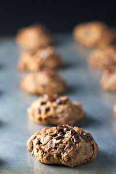 chickpea chocolate chip cookies ~vegan, gluten free~ – BeginWithin Nutrition Source by Chickpea Chocolate Chip Cookies, Chickpea Cookies, Healthy Cookies, Healthy Sweets, Cookies Vegan, Chickpea Cookie Dough, Yummy Cookies, Chocolate Cookies, Whole Food Recipes