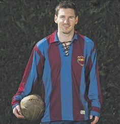 Lionel Messi wears Paulino Alcantaras vintage Barcelona shirt as mark of respect after beating scoring record