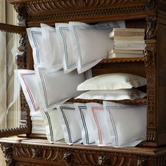 KAMASH is a high-end retailer of luxury home linen brands from Europe & USA. They are supplier of great quality luxury home linens like bed linens, hotel bed linens, Italian bed linens, luxury bed covers and all bath and bed accessories across in India. Call their experts on 9729762342 to know more about their products.