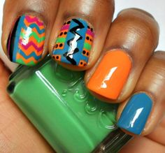 how do people do these designs to their nails. im amazedddddddd. love these colors!