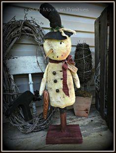 Primitive Snowman with Candy Cane… Old Time Christmas, Prim Christmas, Christmas Sewing, Christmas Crafts, Christmas Ideas, Xmas, Christmas Ornaments, Wooden Snowmen, Primitive Snowmen